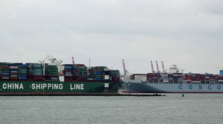 China Shipping Merger Erases $900 mln in Market Value