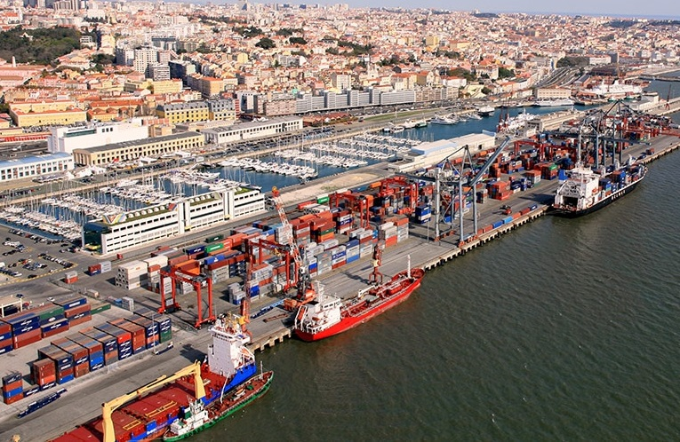 Port of Lisbon stevedors